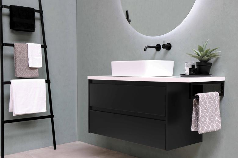Se consacrer du temps et des instants de détente grâce à une salle de bain organisée