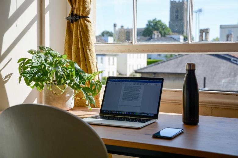 Comment gérer son espace de travail à domicile ?